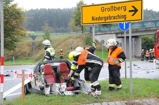 min_min-minGro+ƒberg VU Pkw +£berbr++ckung B16 nach Niedergebraching 12. September 2014 Bild 8